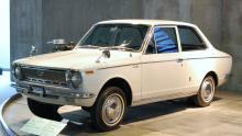 Toyota-Corolla KE10